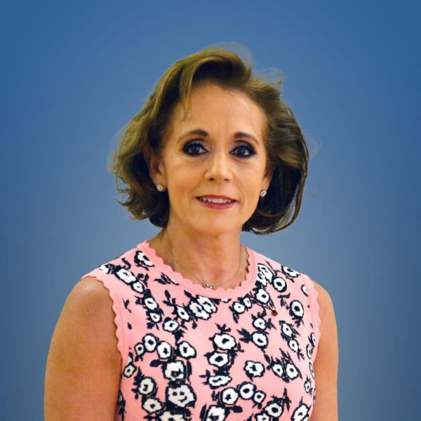 Dolores Aguinaco Bravo - Presidenta